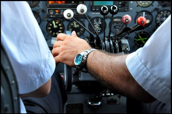 9581-Co-Pilot-Savic-Makes-fine-tune-adjustments Farhat Jah