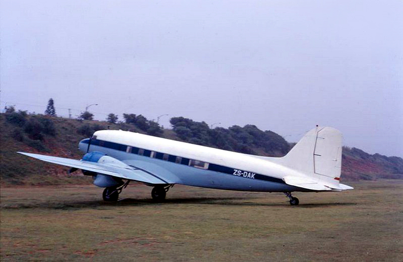 1498 ZS-DAK Virginia-Airport Durban Dave Becker